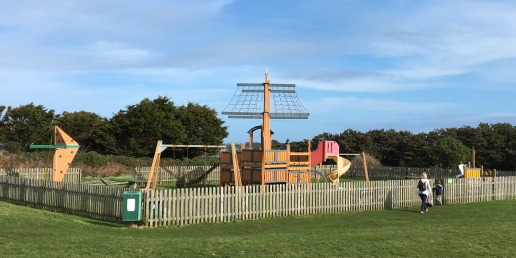 Garrison play park